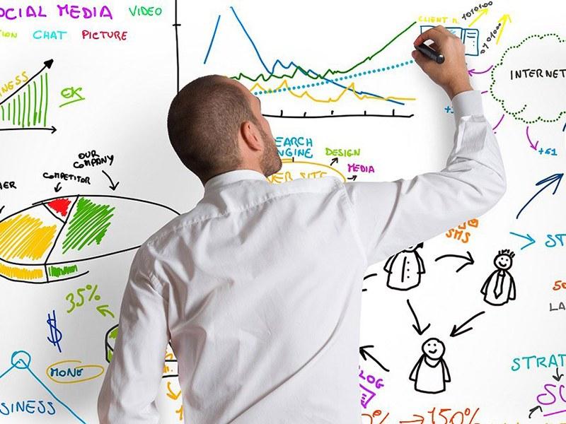 Usi e costumi del web marketing, ecco qualche consiglio per raggiungere risultati con il tuo business